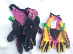 salomonGloves